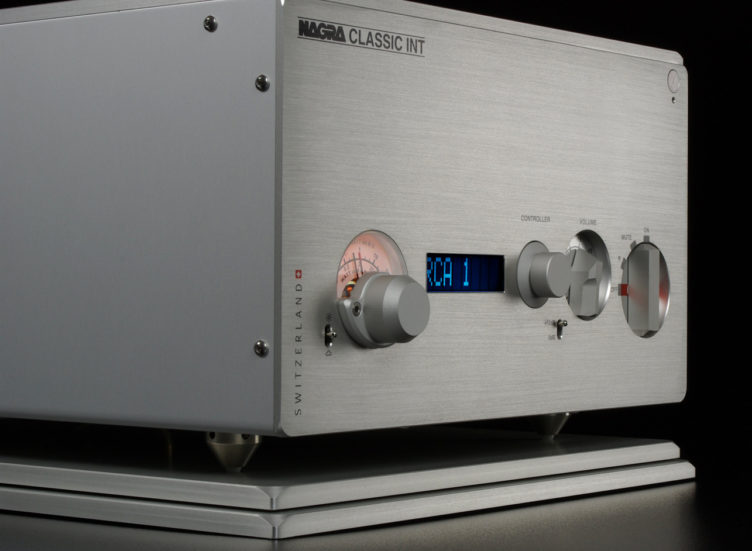 Nagra Classic INT Integrated Amplifier solid state stereo Mosfet transistor transformer modulometer front VFS