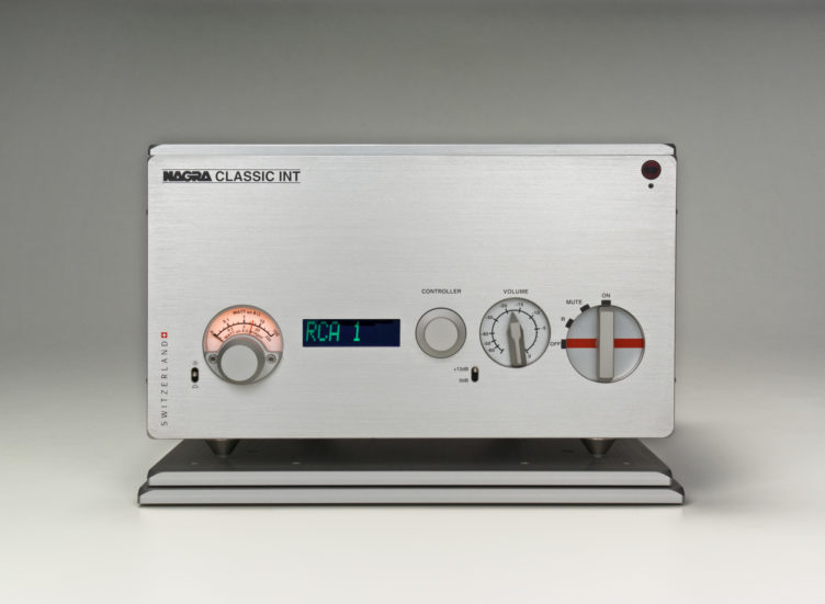 Nagra Classic INT Integrated Amplifier 合并式功放 solid state 固态 stereo 立体声 Mosfet transistor 晶体管 transformer 变压器 modulometer 表头 front VFS