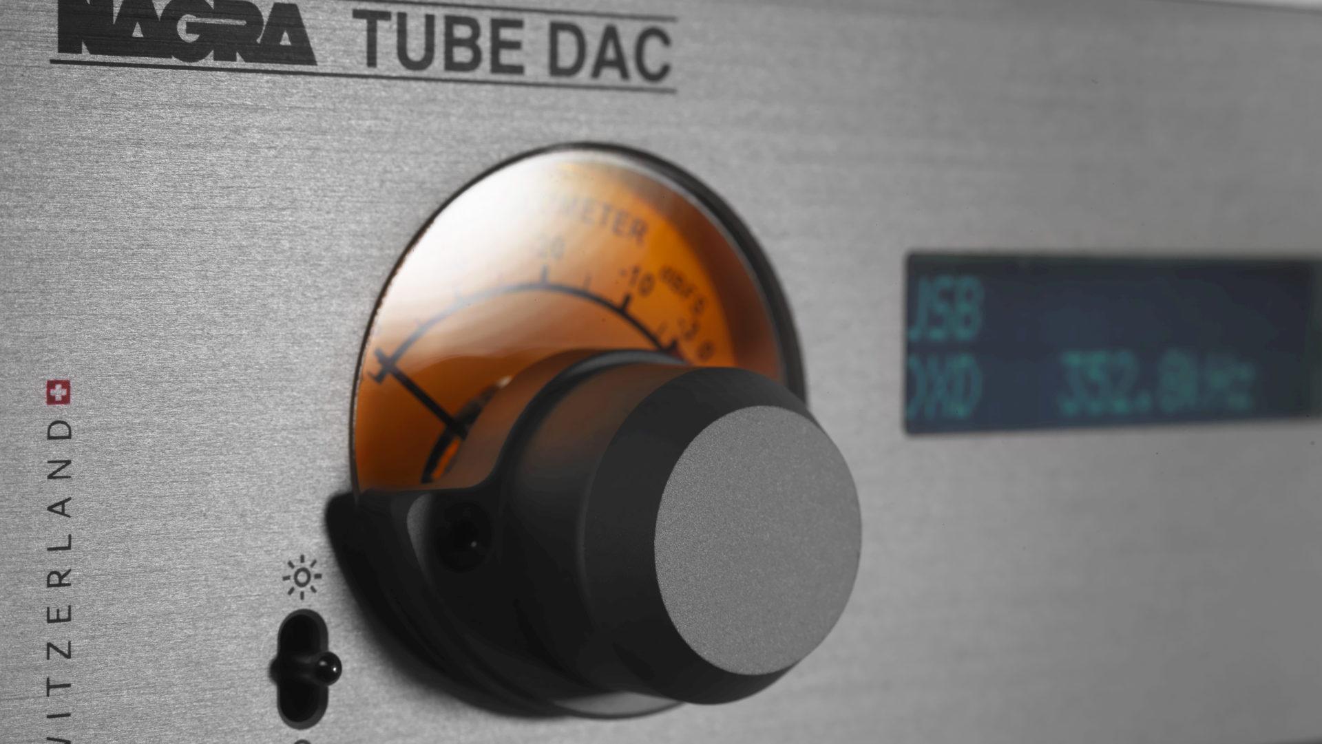 Nagra TUBE DAC digital to analog converter high end top best front modulometer