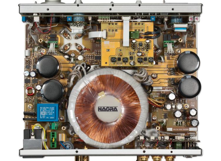 Nagra 300B 300p 300i integrated power amplifier inside tube modulometer vfs
